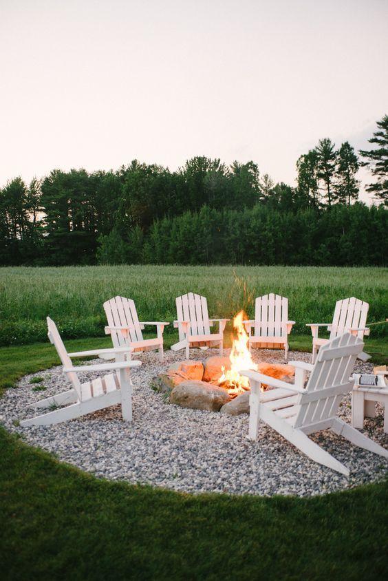 15 Backyard Fire Pit Ideas
