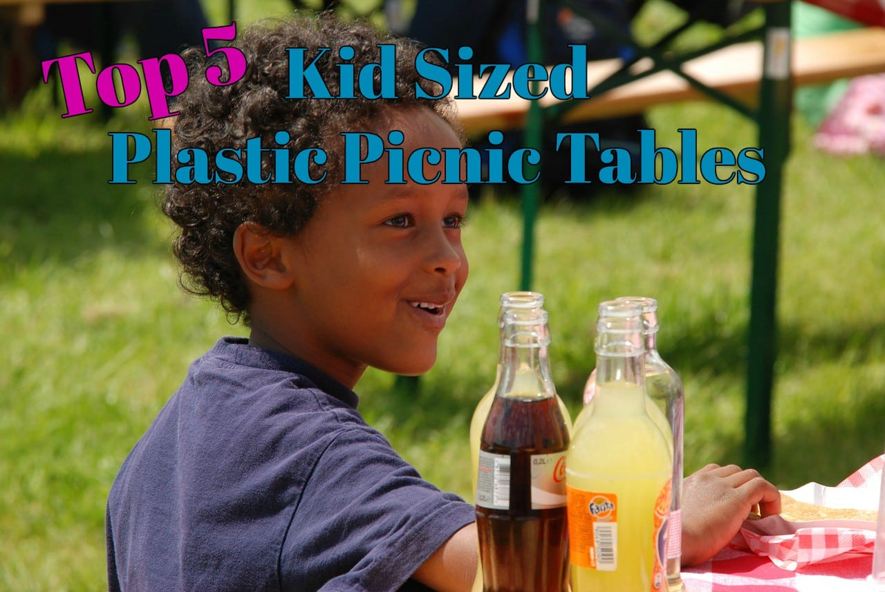 NEW Step2 Sit and Play Picnic Table with Umbrella 841800