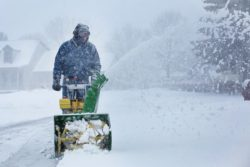 Best Snow Blowers For Wet, Heavy Snow 2019